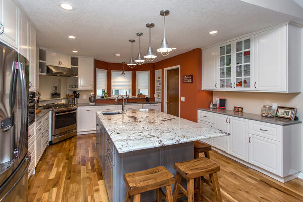 Granite and Quartz Countertops Kitchen Remodel Des Moines Iowa